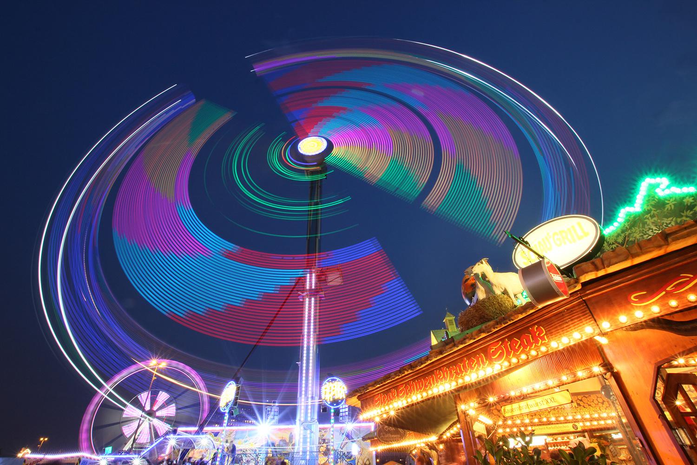 Lichtspiele auf dem Hamburger Dom