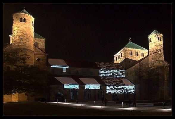 """""""Lichtungen"""" an der St. Michaeliskirche Hildesheim... (1. Fassung)"""