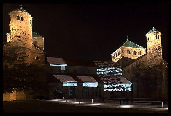 """""""Lichtungen"""" an der St. Michaeliskirche Hildesheim... (2. Fassung)"""