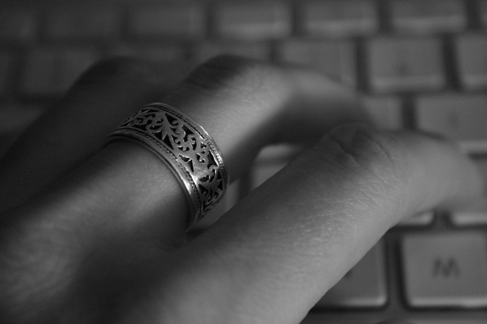 Liebe gleicht dem Ring- und hat kein Ende