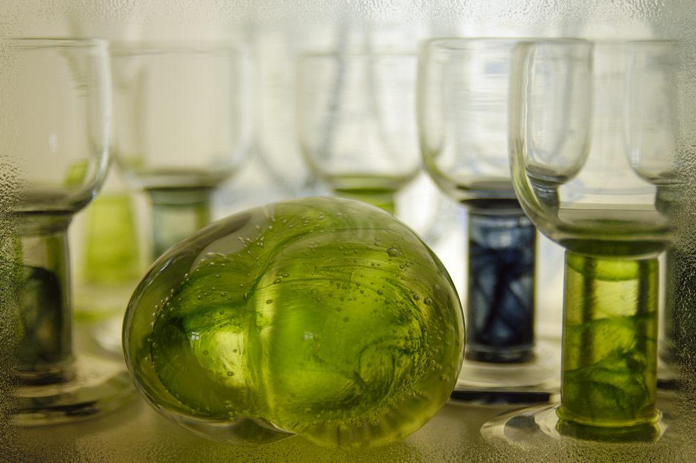 Liebe ist wie geschliffenes Glas: strahlend, sauber und sehr zerbrechlich.