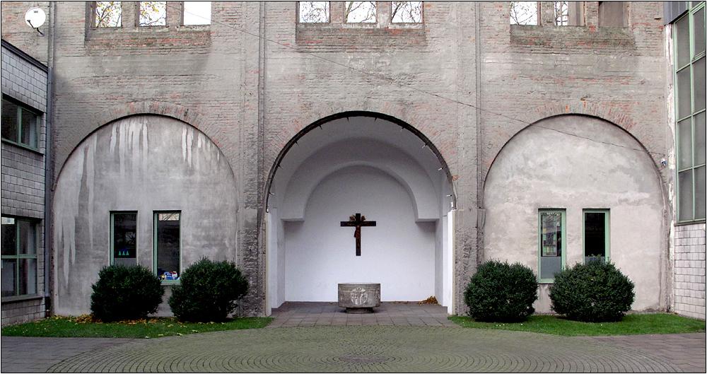 Liebfrauenkirche in Duisburg - Bruckhausen