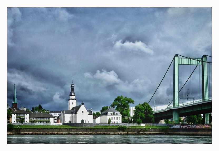 Liebfrauenkirche, St. Clemens und Mülheimer Brücke