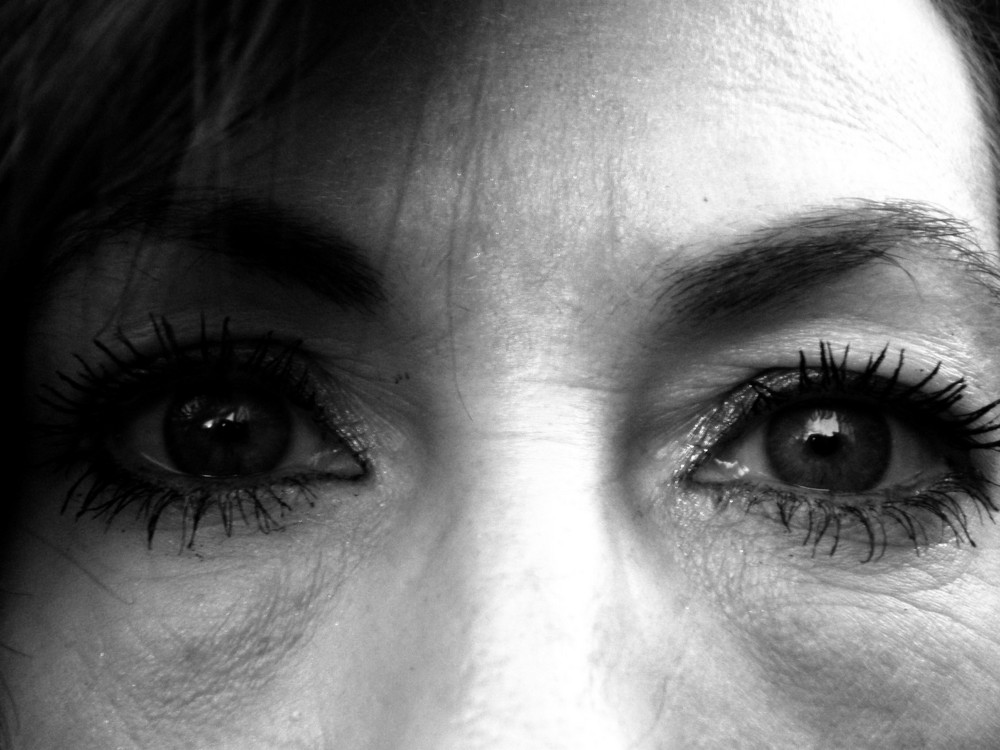 Life makes eyes