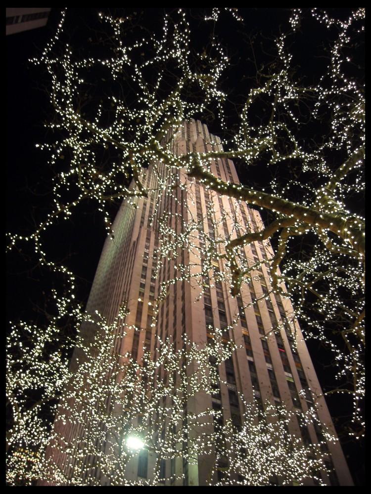 LIGHT UP N.Y.!