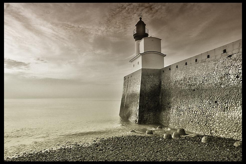 lighthouse Le Tréport