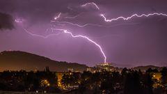 Lightnig & Thunder