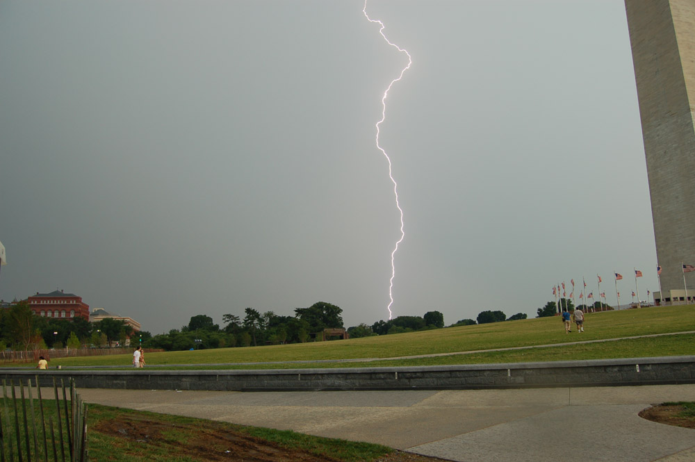 Lightning at Washington Monument