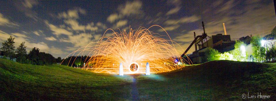 Lightpainting an der Henrichshütte in Hattingen - Feuerball