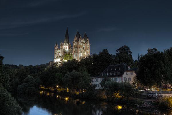 Limburg a. d. Lahn bei Nacht