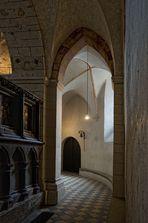 Limburger Dom - der Durchgang