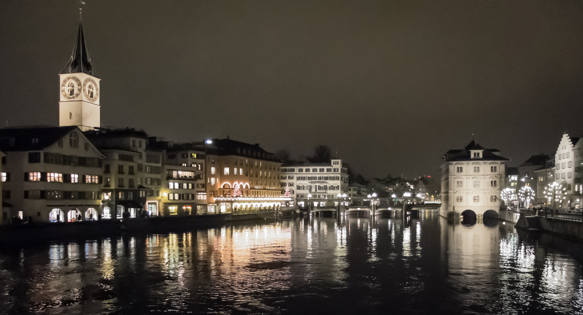 Limmat bei Nacht - Zürich