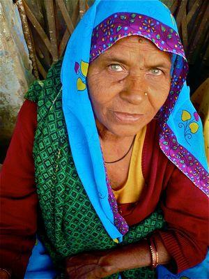L'indienne aux yeux bleus
