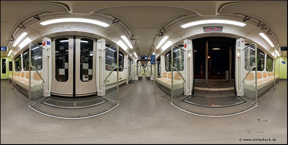 Linie 11, Haltenhoffstraße