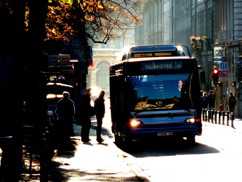 Linienbus in Besançon, Rue de la Préfécture