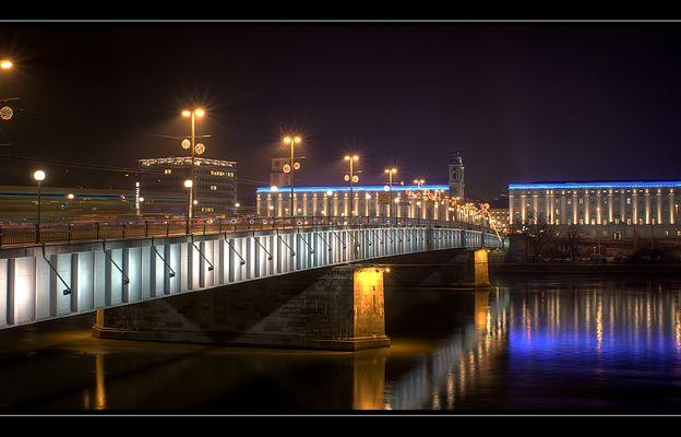 Linz bei Nacht (1)