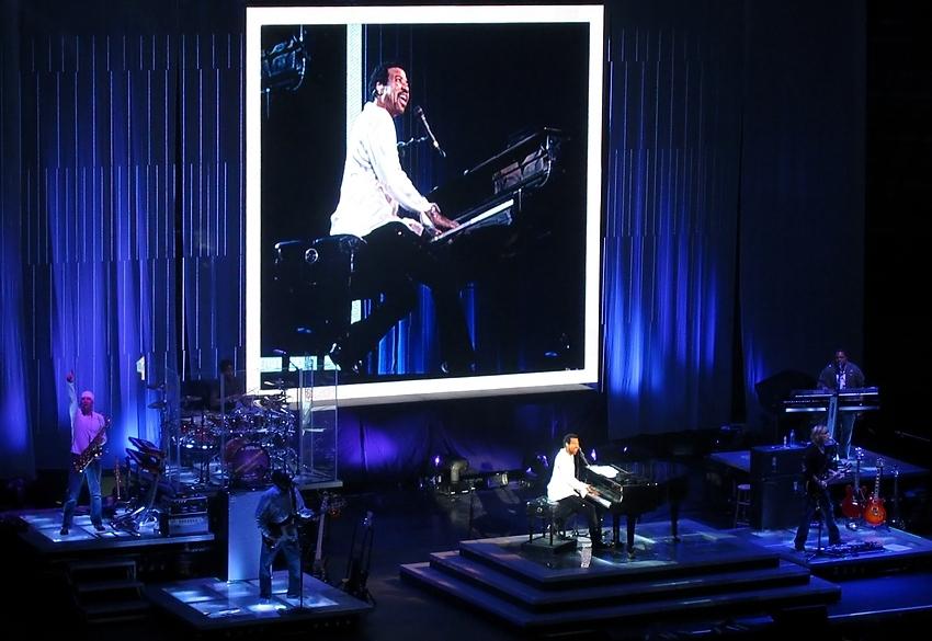 ...Lionel Richie...