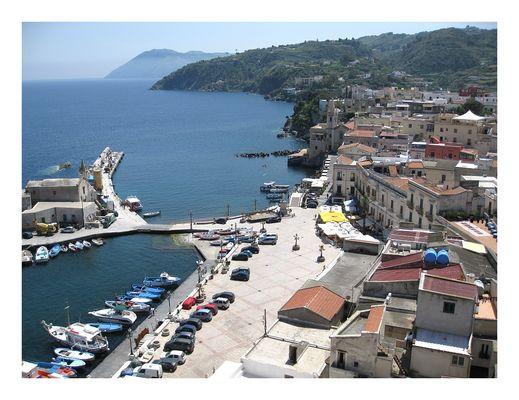 Lipari - Altstadt und Hafen