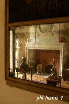 Lire dans le vieux miroir