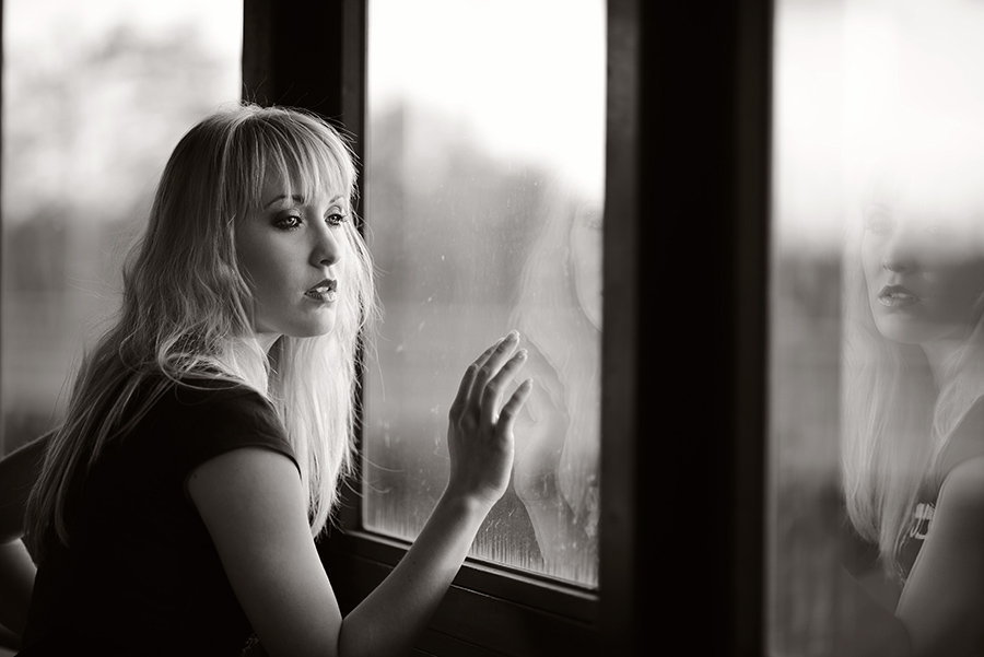 Lisa am Fenster