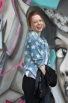 Lisa, Graffity