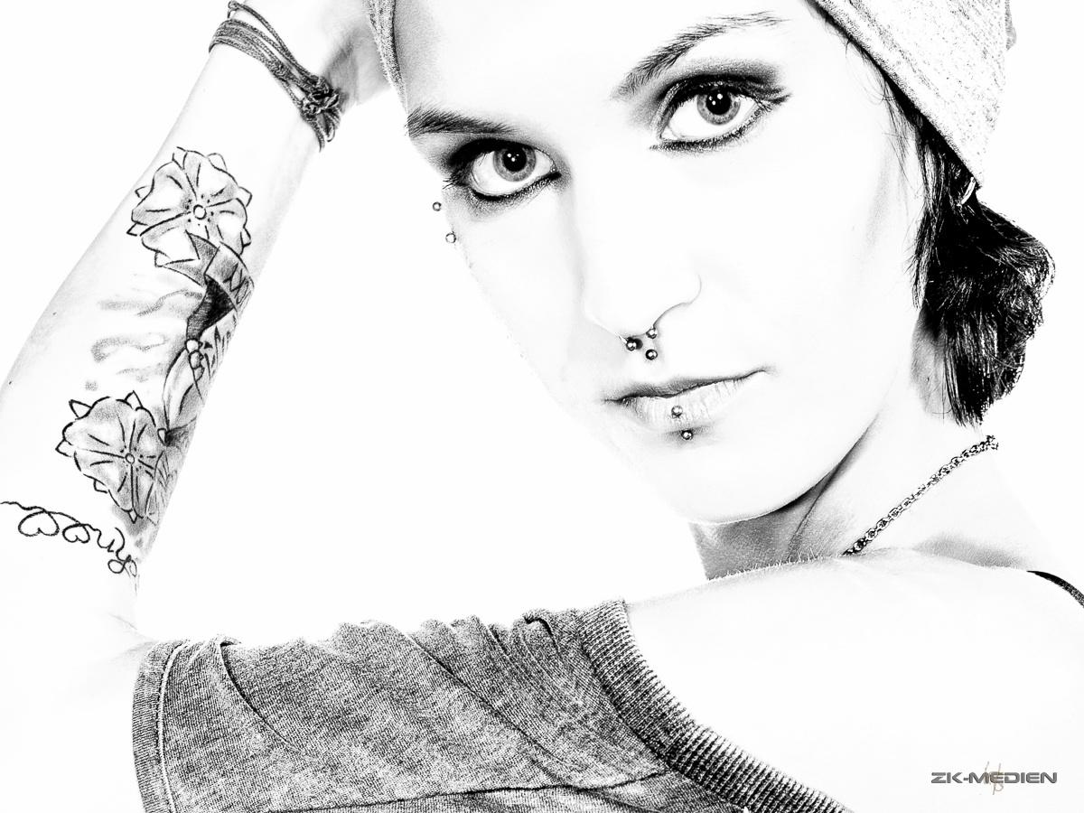 Lisa HighKey