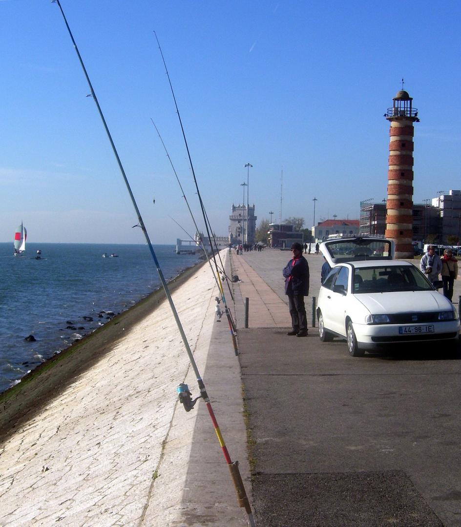 Lisboa: 1 Angler, 5 Angeln, 0 Fische