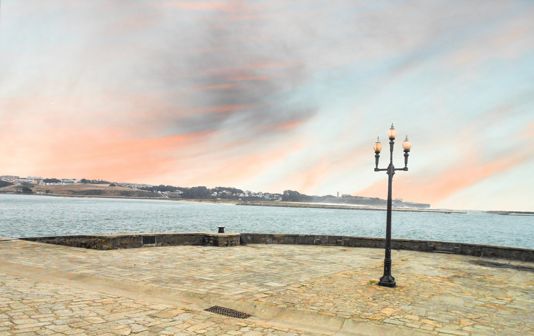 Lissabon am einsamen Ufer