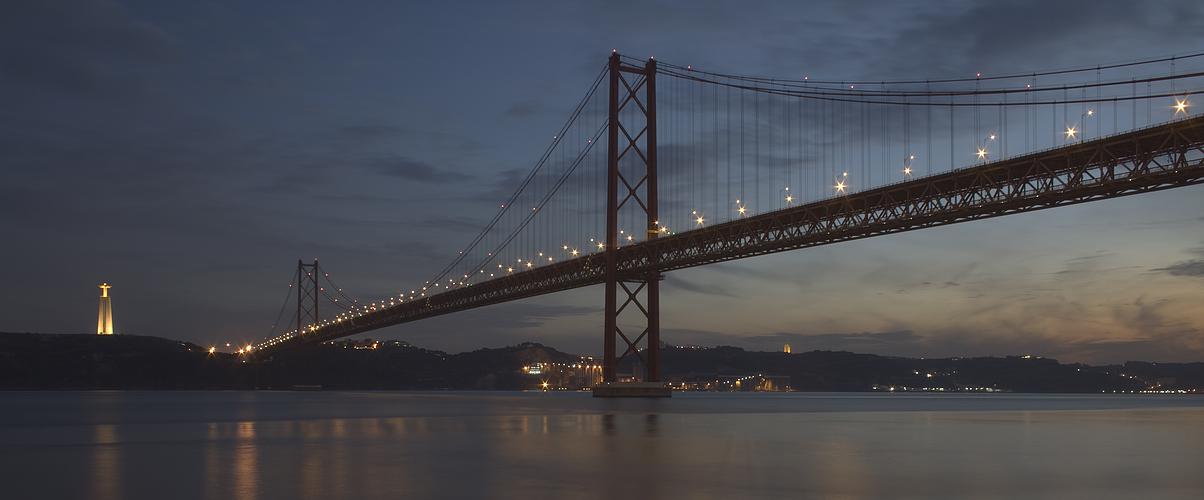 Lissabon in der Dämmerung - HDR