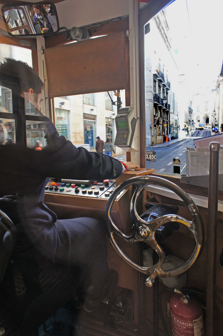 Lissabon, Straßenbahn, Pause zu Ende