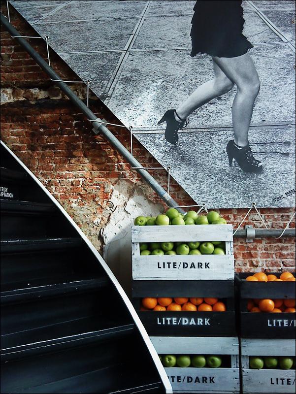 Lite / Dark