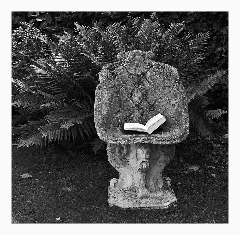 ... Literatur auf Stein ...