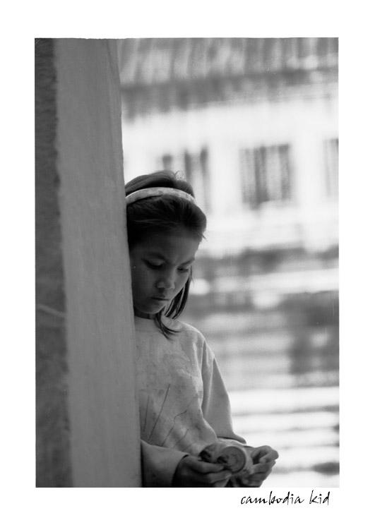 little girl in angkor...