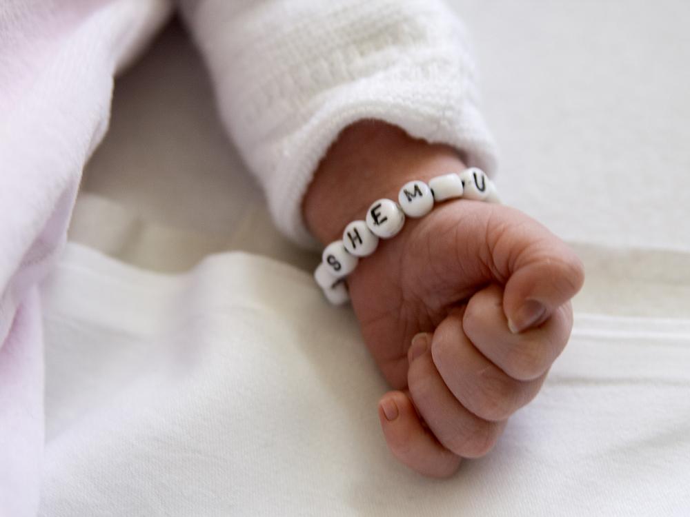 *little-hand*