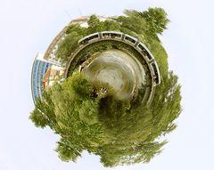 Little Planet - mit der Bim einmal um die Welt