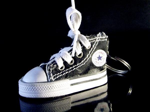 Llavero Converse