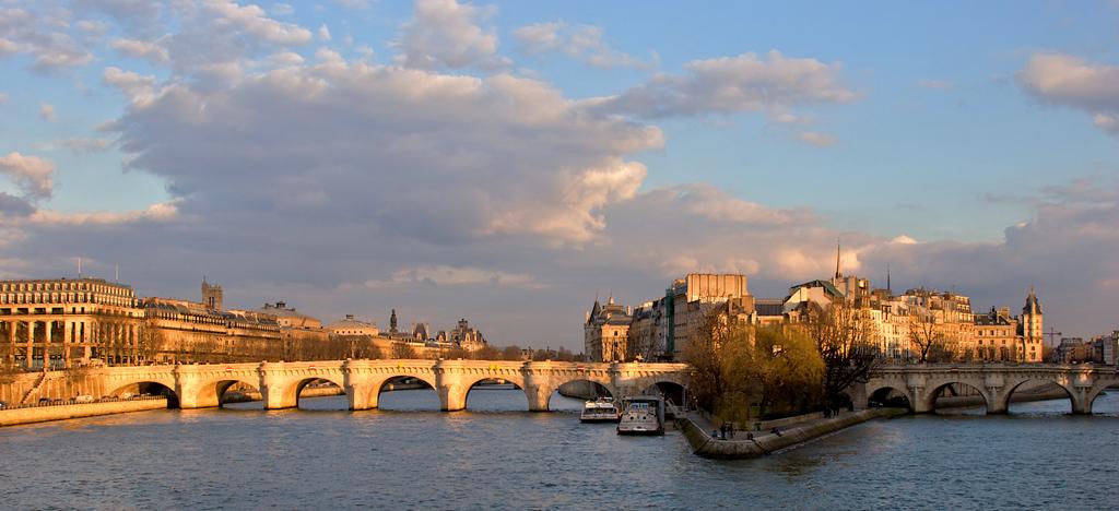 L'Île de la cité depuis le Pont des Arts.