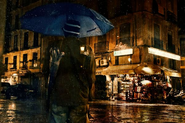 LLueve en Granada.