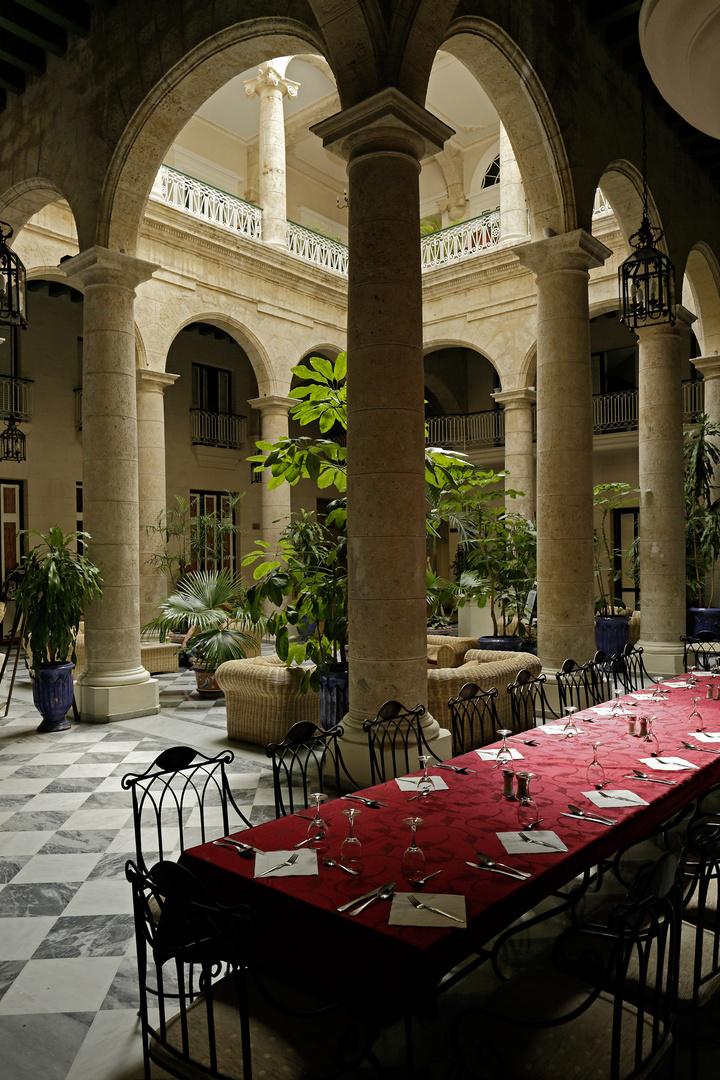 Lobby des Hotels Florida in der c.Obispo, Habana Vieja