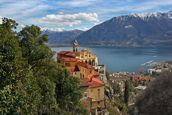 Locarno, Lago Maggiore: Madonna del Sasso