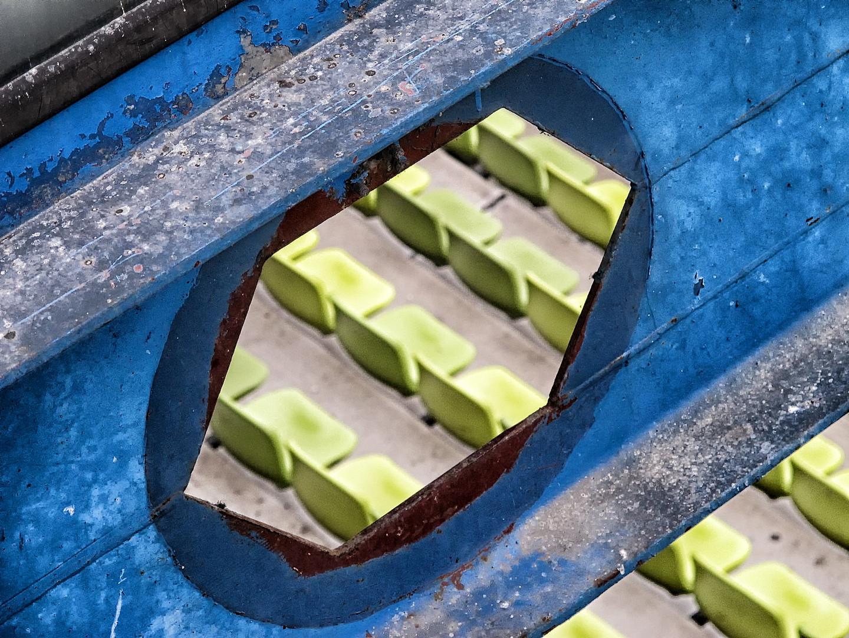 Loch im Stahlträger