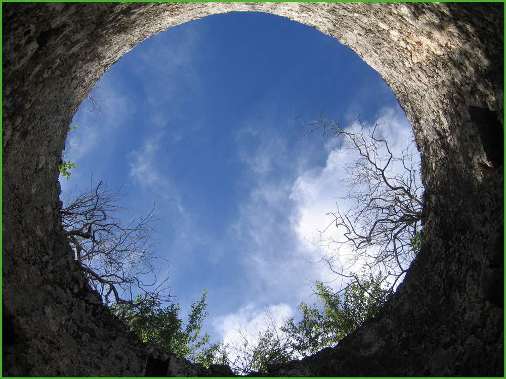 Loch zum Himmel