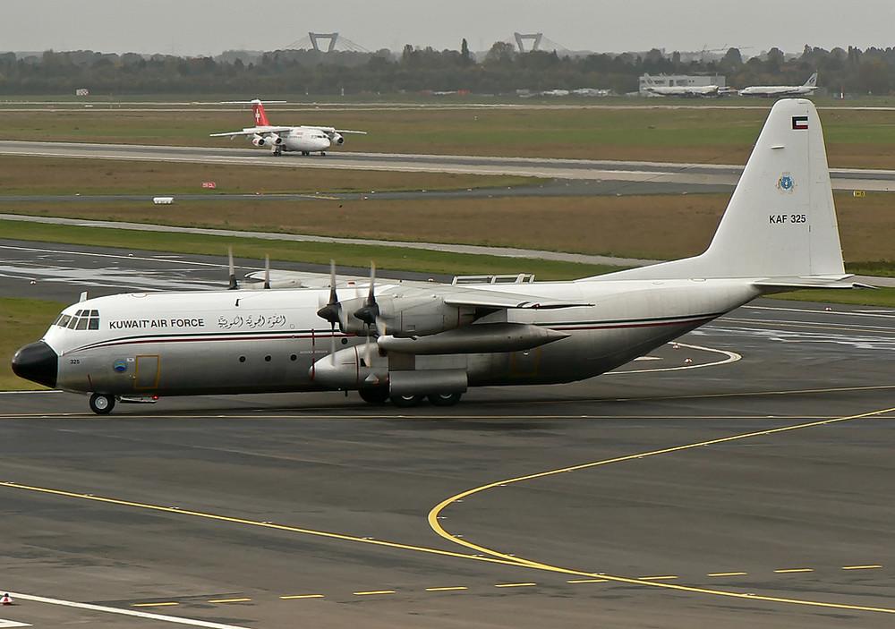 Lockheed L-100-30 KAF325 Kuwait Air Force