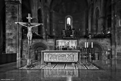 Lodi, Santa Vergine Assunta, altare