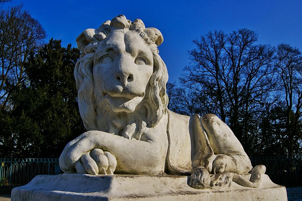 Löwe aus Stein