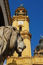 Löwen am Odeonsplatz