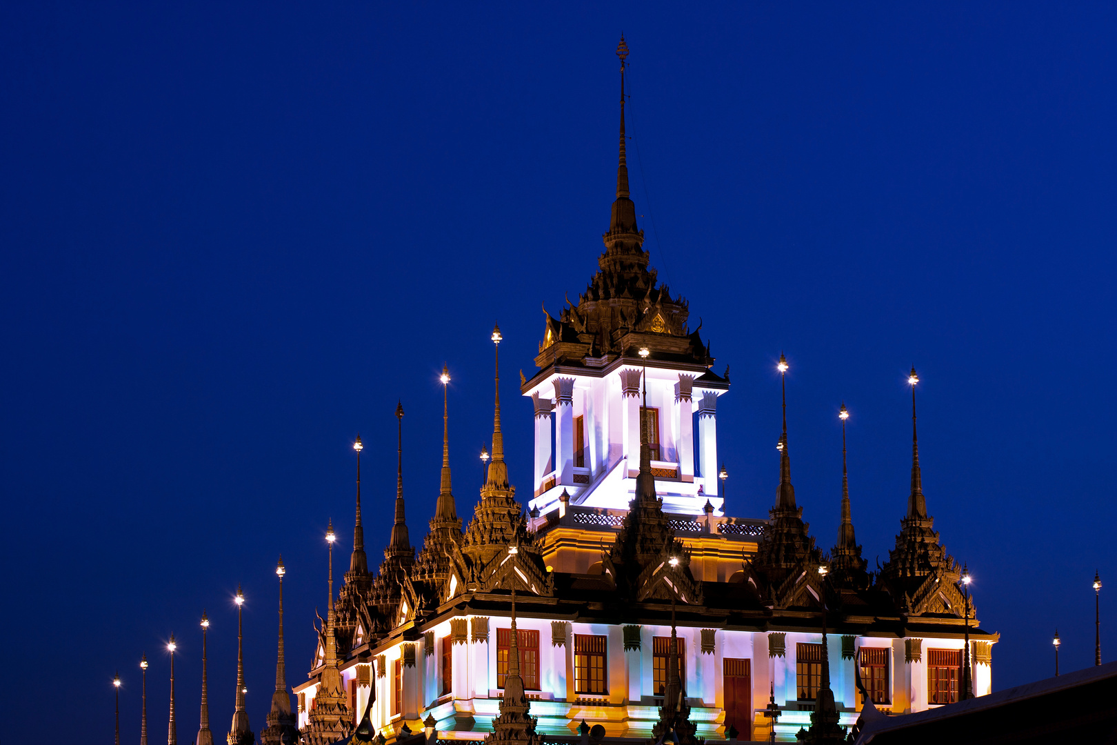 Loha Prasat at nighttime
