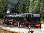 Lok 997234-0 der Harzer Schmalspurbahnen Im Bahnhof Schierke