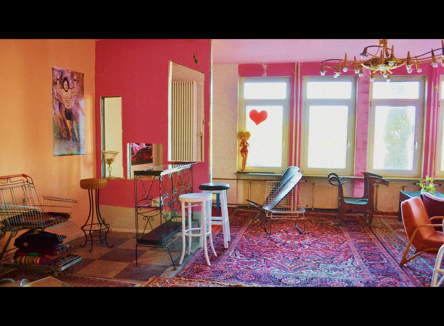 Lolas Foyer