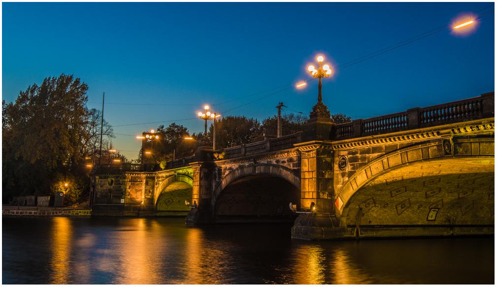 Lombardsbrücke ...
